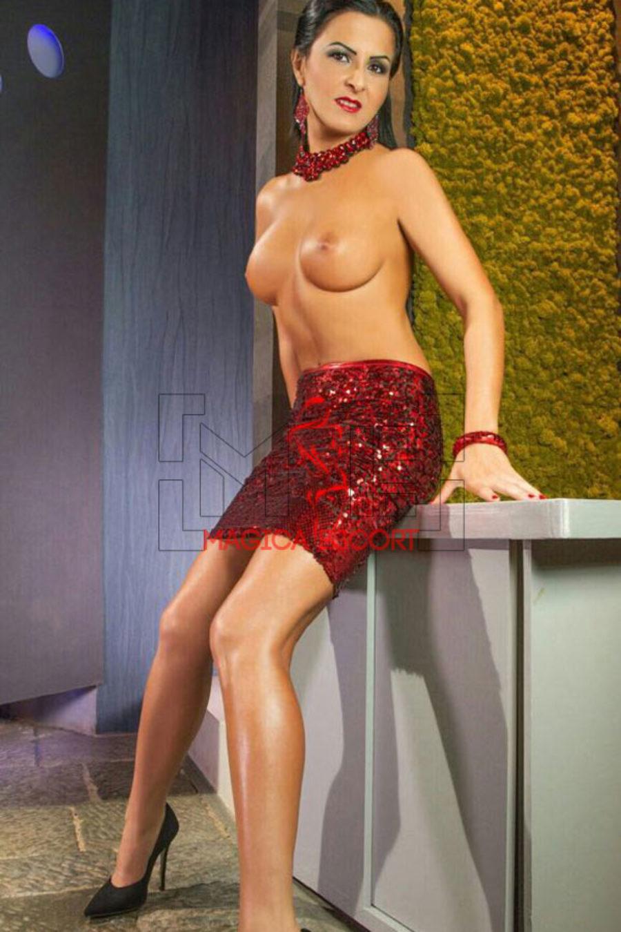 Evelyn-escort-Parma-1.jpg