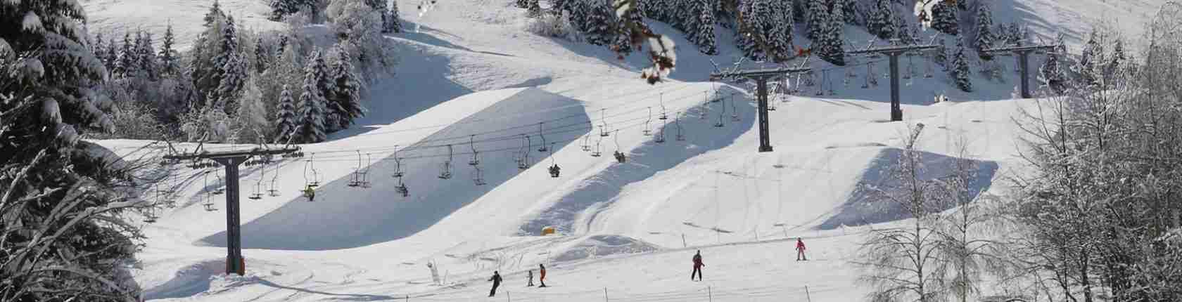 Le escort Trento amano sciare lungo le piste da sci delle Dolomiti che circondano la città di Trento. Magica Escort